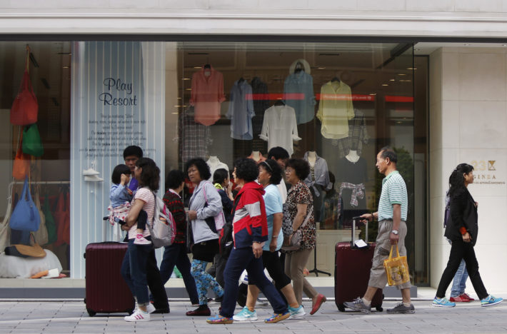 18年訪日外国人数