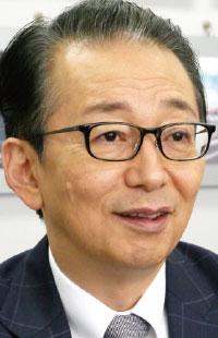ミスターマックス・ホールディングス代表取締役社長 平野 能章
