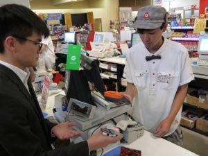 モバイル決済の先進国である中国では、アリペイとウィーチャットペイのビッグ2が15~16年に爆発的に普及。生活になくてはならないサービスとなっている