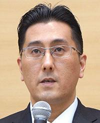 コスモス薬品代表取締役社長 横山英昭