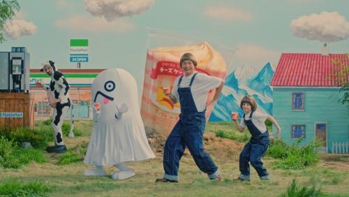 香取慎吾さんが出演するテレビCM「ファミマのフラッペつくりかたダンス篇」