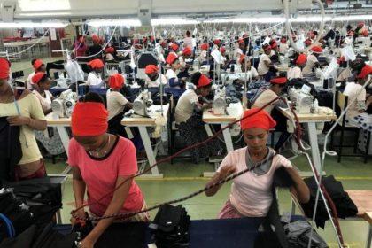 ストライプインターナショナル エチオピア工場