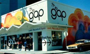 米ギャップ、オールドネイビー事業を分離せず、ギャップ事業CEOは退任