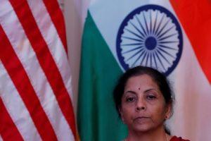 インド シタラマン財務相