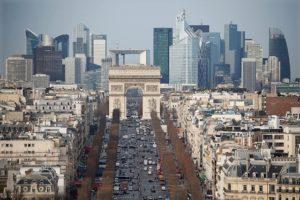 仏パリの街並み