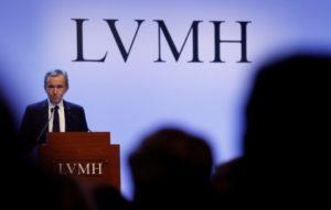 仏LVMHモエヘネシー・ルイヴィトンのアルノー最高経営責任者