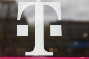 Tモバイルのロゴ