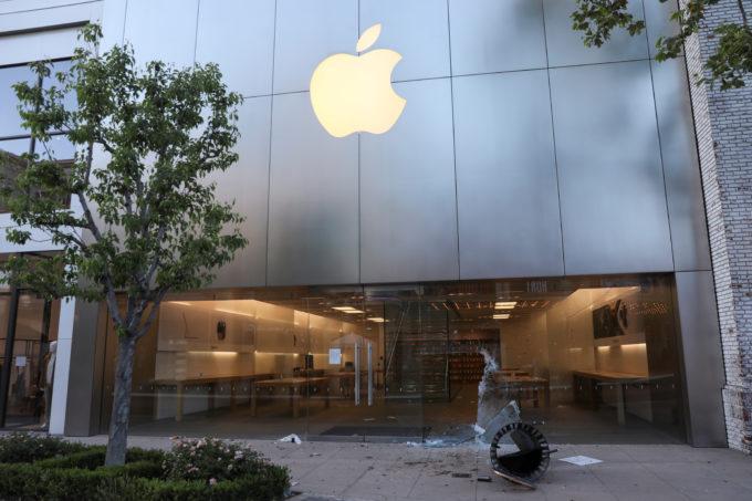 米ロサンゼルスのアップルの外観