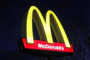 米マクドナルドの看板