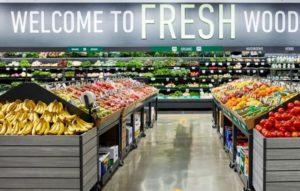 食品スーパー新業態「アマゾンフレッシュ」の店内