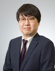 『ダイヤモンド・ドラッグストア』誌副編集長 小木田 泰弘氏
