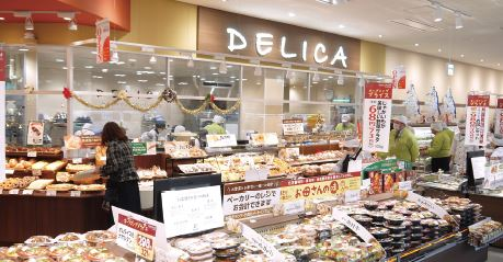 大和町店の売場面積は、ヨークベニマルの標準の約半分となる300坪ほどしかない。コンパクトな売場だが、標準店と遜色ない品揃えとなっており、お客にとっては非常に買いやすい店であるといえる(写真はオープン当時のもの)