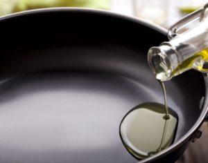 サラダ油イメージ
