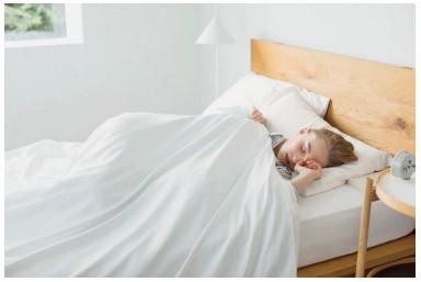 ユニクロ「エアリズム寝具」のイメージ