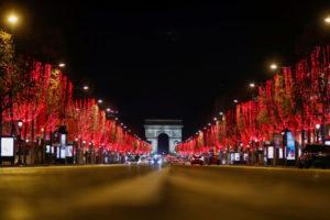 2020年12月のパリの凱旋門