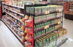 SMの加工食品売場
