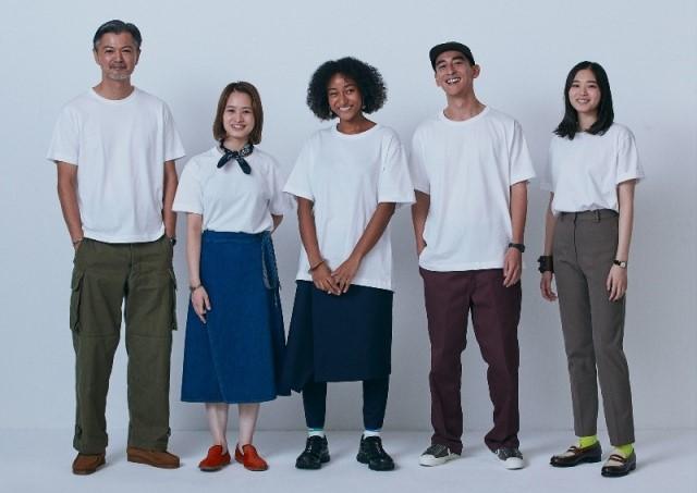 デザイナーの落合宏理氏と共同開発した「コンビニエンスウェア」