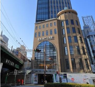 「神戸三宮阪急ビル」の商業施設部分の核店舗として出店する