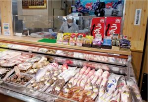 2011年に買収、「事業承継」した京都府のコスモコーポレーションの鮮魚売場