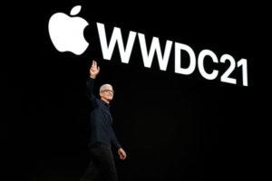 世界開発者会議(WWDC)で登壇したティム・クック米アップルCEO