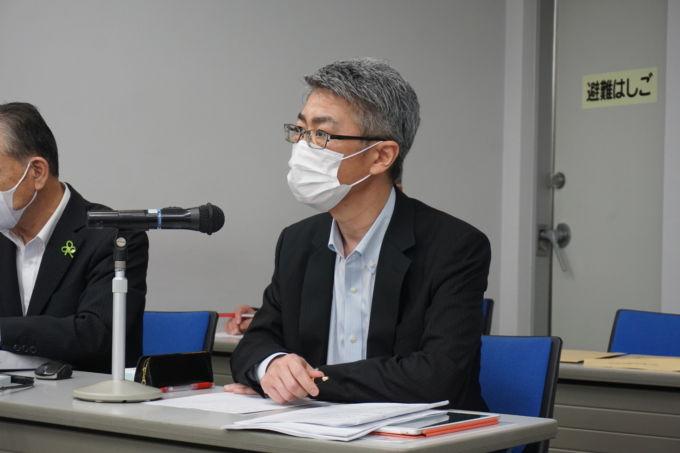 21年3月期決算発表会見に登壇したアクシアルの原社長