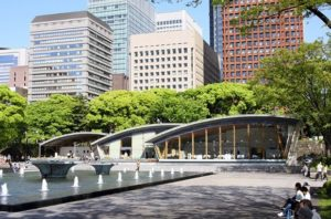 スタバのサステナビリティに重点を置いた新店舗がオープンする皇居外苑の和田倉噴水公園内の和田倉休憩所