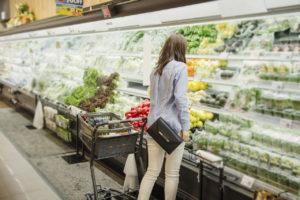 スーパーの青果売場のイメージ