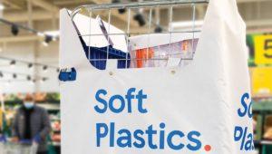 英テスコの軟質プラスチック回収ボックス