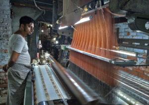 バラナシの織物生産施設